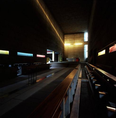 sant mary church - لوکوربوزیه و سه گانگی نور