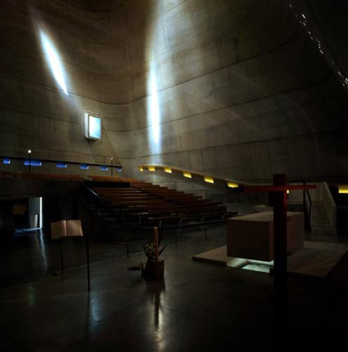 sant pier - لوکوربوزیه و سه گانگی نور