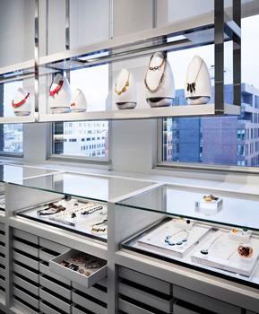 small shopping store 6 - طراحی کم هزینه برای مغازه های کوچک