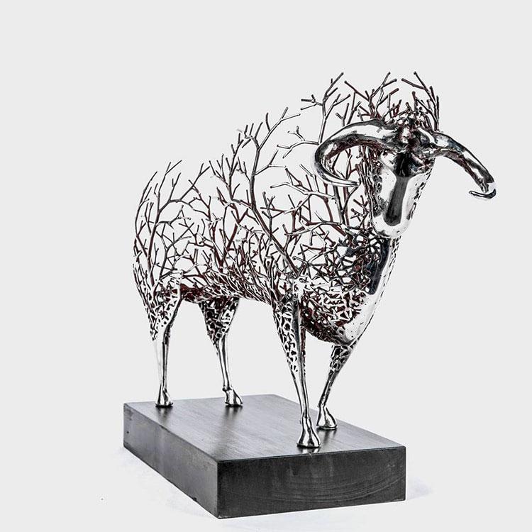 مجسمه سازی با فلز 2