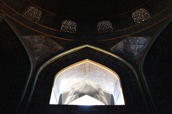 light in architecture 7 - اهمیت نور در معماری ایرانی