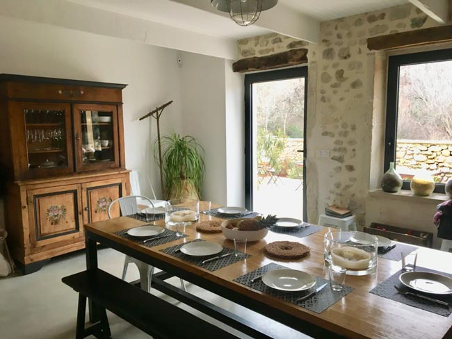 cosy dining  room - اتاق ناهار خوری