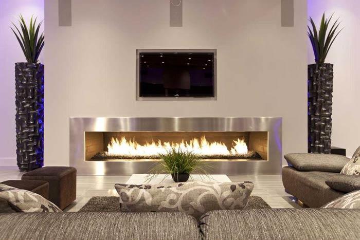 tv above the fireplace - ایدهها و نکاتی دربارهی محل قرار گیری و دکور تلویزیون