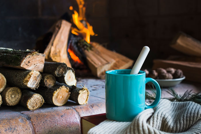 warm house - چگونه با استفاده از دکوراسیون داخلی، فضای آپارتمان را گرم تر کنیم؟