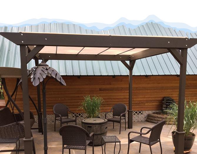 wooden house yard sunshade - کارهایی که با تمام شدن زمستان باید به منظور نگهداری ویلا انجام دهید