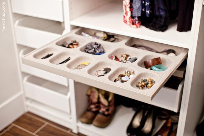 Closet Jewelry Accessories - کلوزت یا اتاق مخصوص لباس