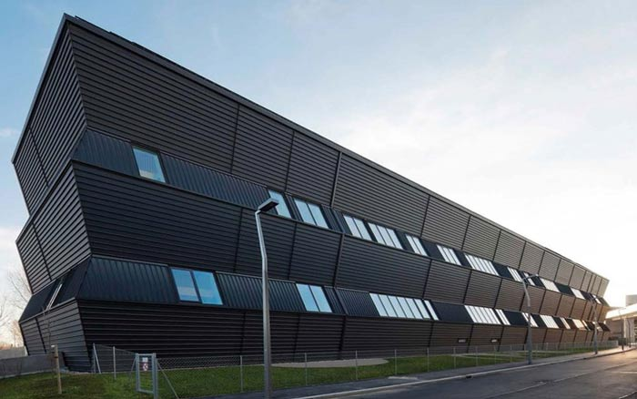 7 - راه حل های طراحی نمای ساختمان تجاری