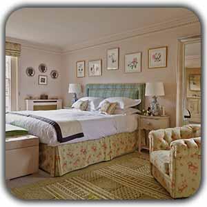 bedroom decoration interior - مخفی کردن شوفاژ ها